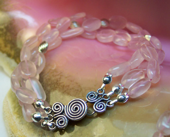B0012 - Cotton Candy � 8� Three Strands